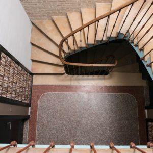 escalier maison 17 aigues-mortes